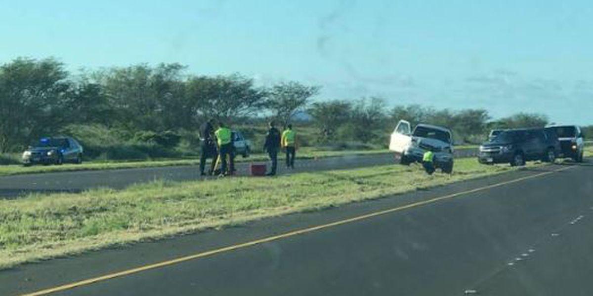 Woman killed while walking along a Maui highway