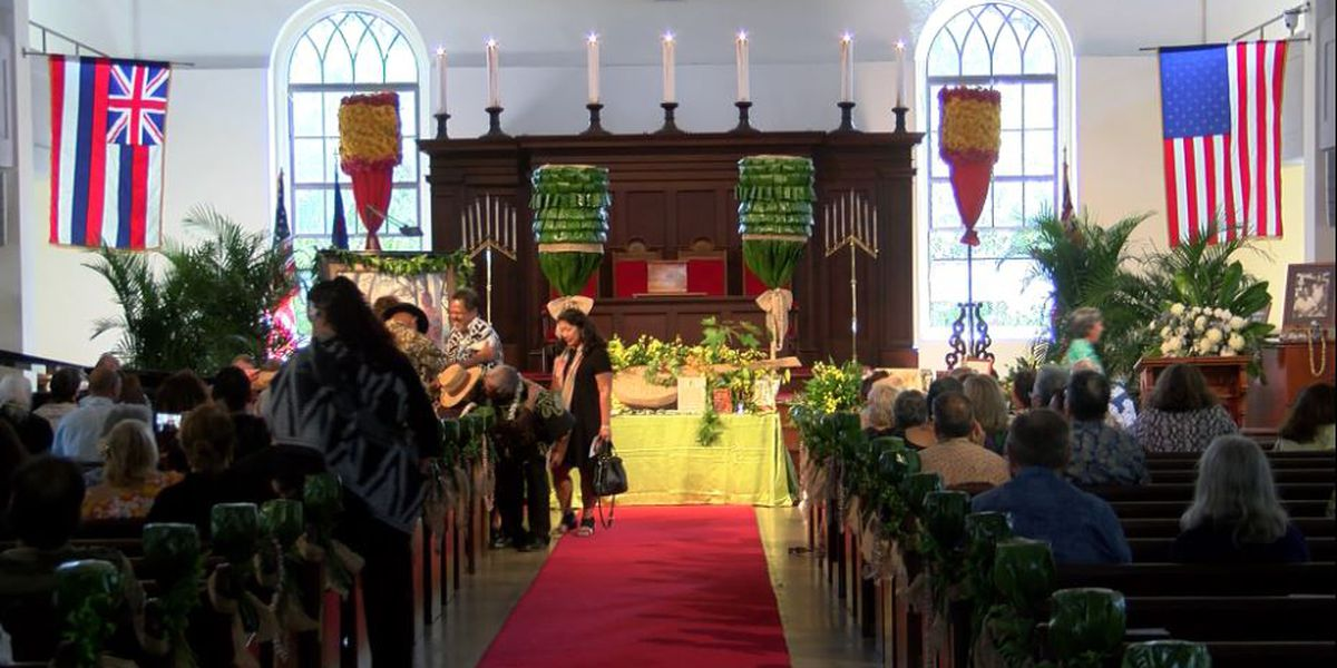 Life of Cyril Pahinui celebrated in weekend memorial service