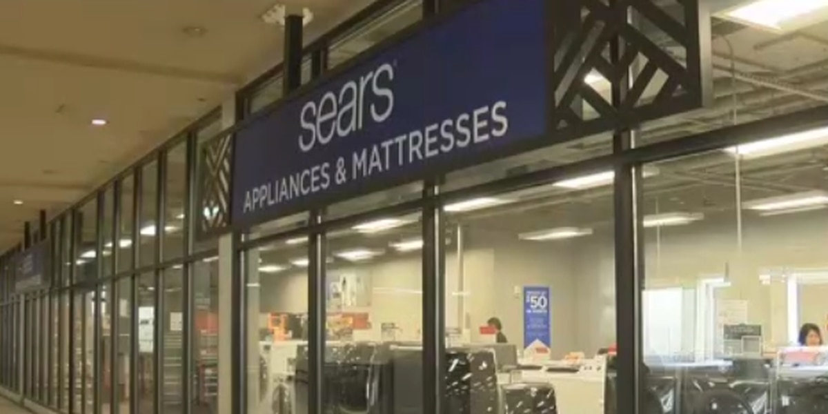 Sears at Windward Mall to close this month