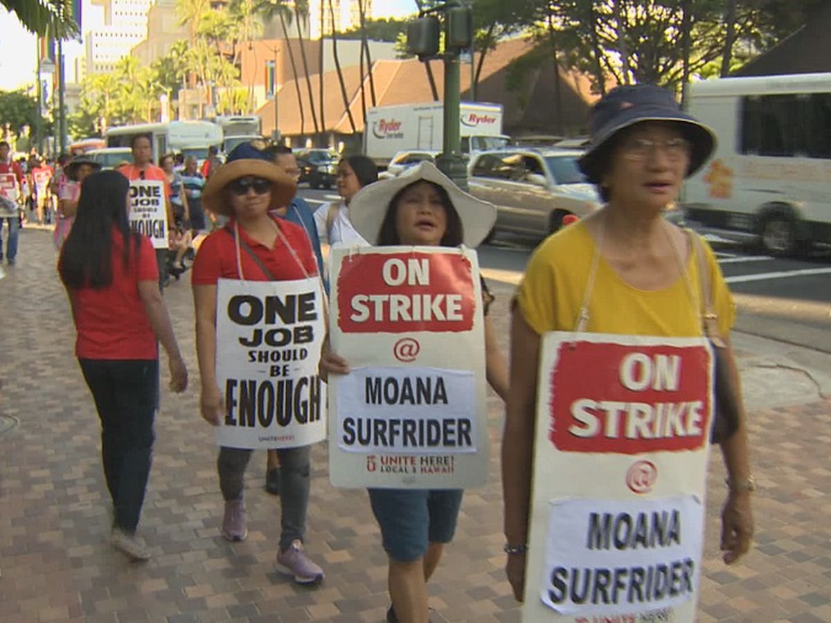 Workers remain on the picket line 2 weeks after hotel strike begins
