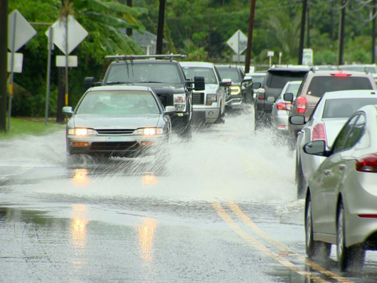 Flash flood warning issued for Kauai; Hanalei Bridge closed
