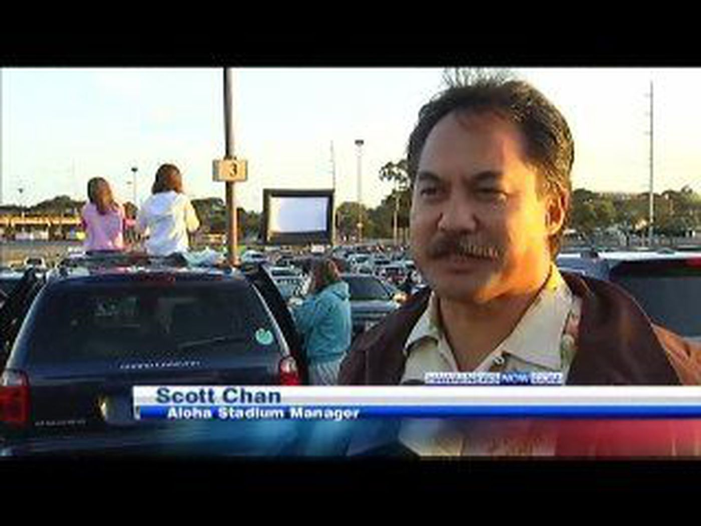 Drive-in movies a huge hit at Aloha Stadium