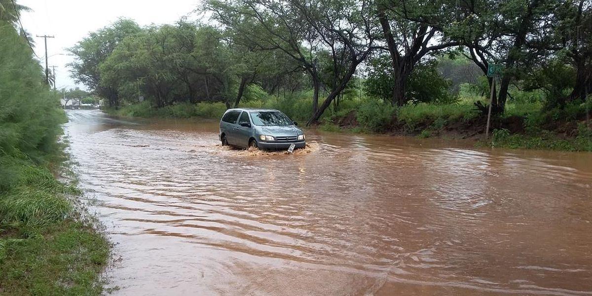 Flooding, landslides create roadblocks for Maui drivers