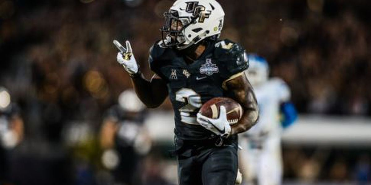 UCF pulls off incredible 56-41 comeback over Memphis, extends winning streak to 25 games