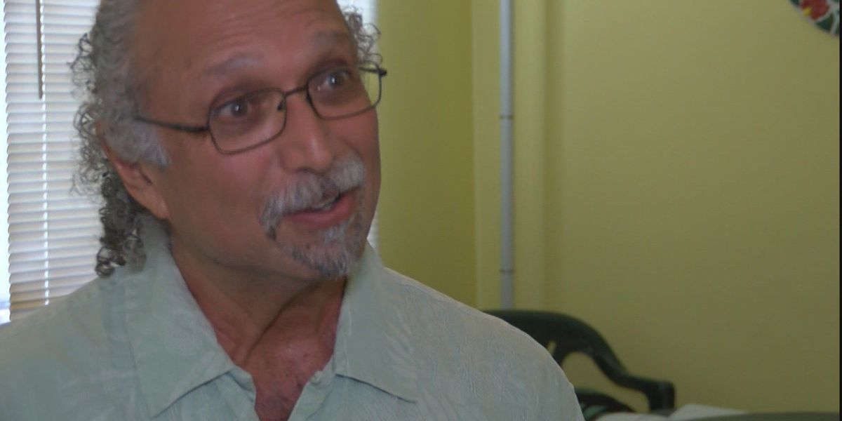 Chiropractor who lost everything to lava: I won't abandon this community