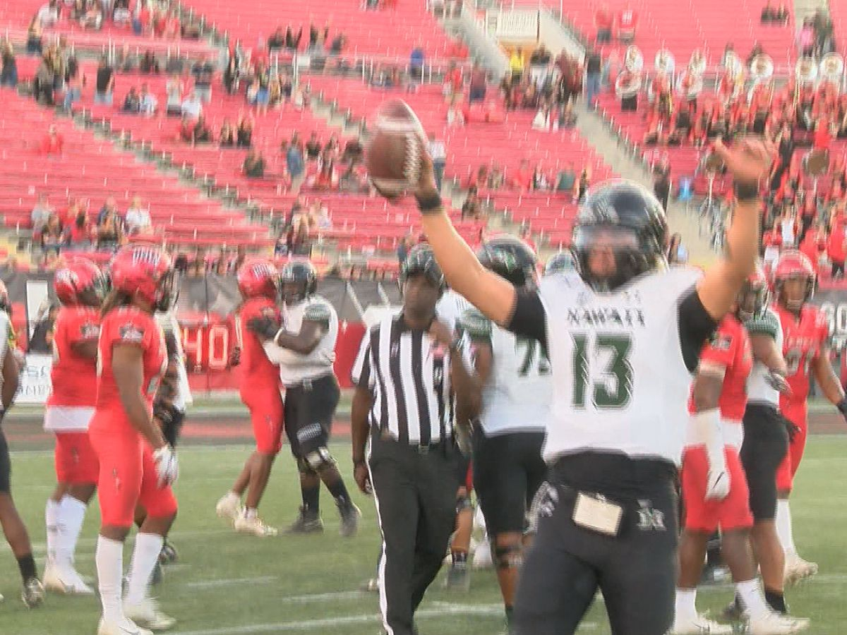 McDonald, defense help lift 'Bows over UNLV to secure bowl berth