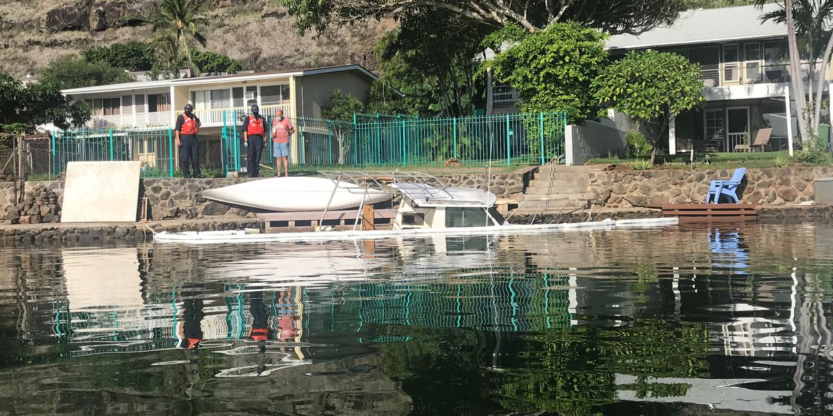 A sinking boat in Hawaii Kai is causing environmental and health concerns