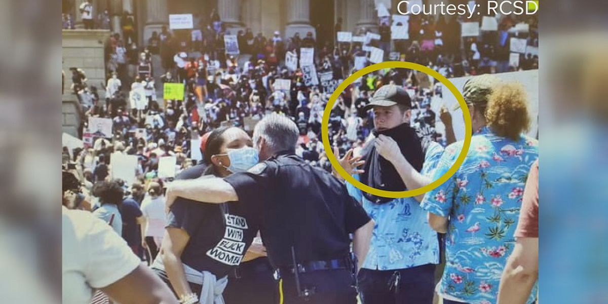 In a bizarre twist, right-wing extremists are wearing aloha shirts at protests