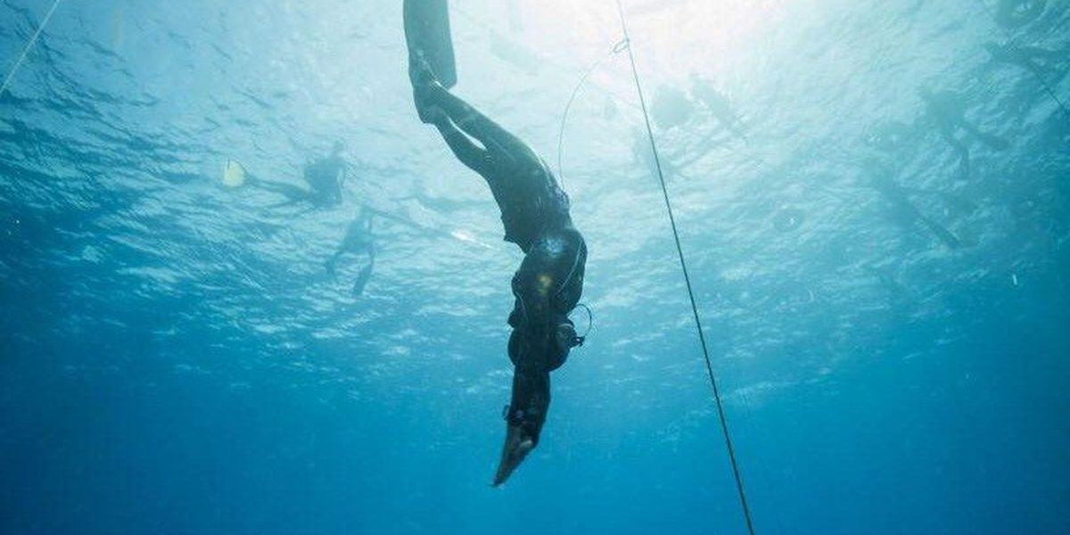 Hawaii diving instructor breaks U.S. freediving record