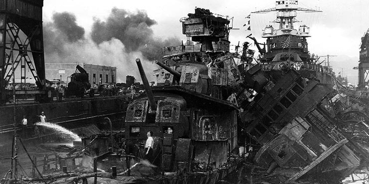 The story of the attack on Pearl Harbor ... told by photos taken on that infamous day