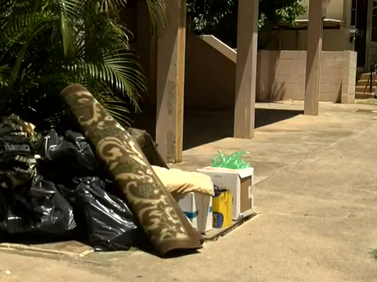 Waikiki councilman calls on city to suspend bulky item pilot in tourist district