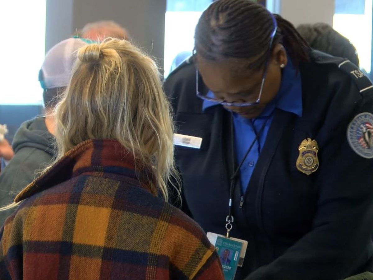 TSA agents at Hawaii airports are starting to turn in their resignations