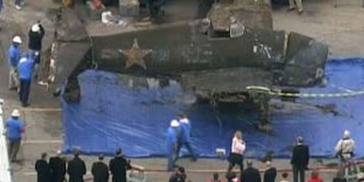 WW2 bomber pulled out of Lake Michigan after 65 years underwater