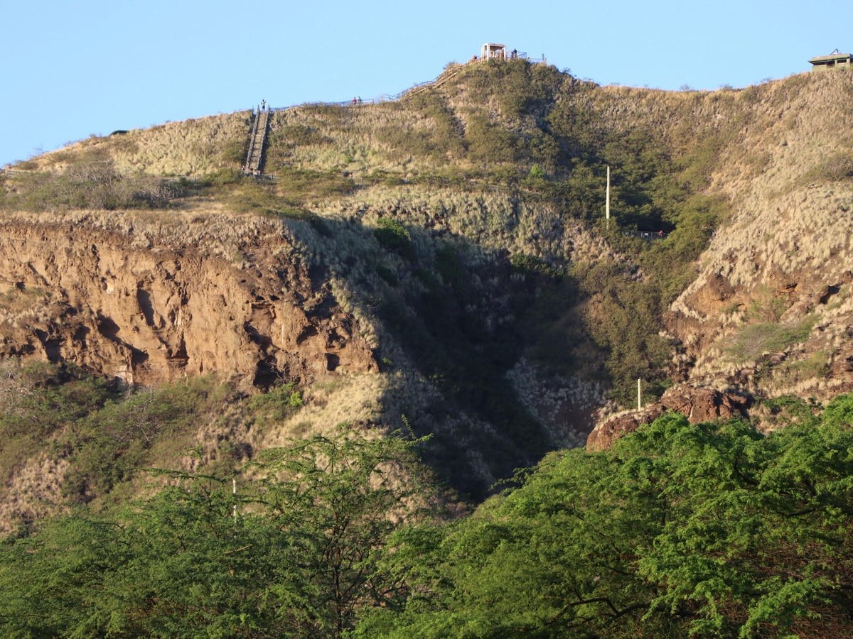 New hours in place for the popular Diamond Head State Monument