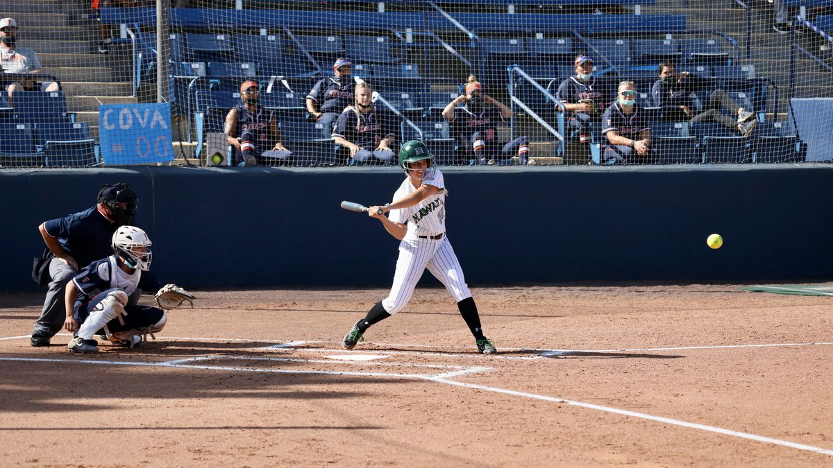Rainbow Wahine softball falls to Cal State Fullerton in final road series