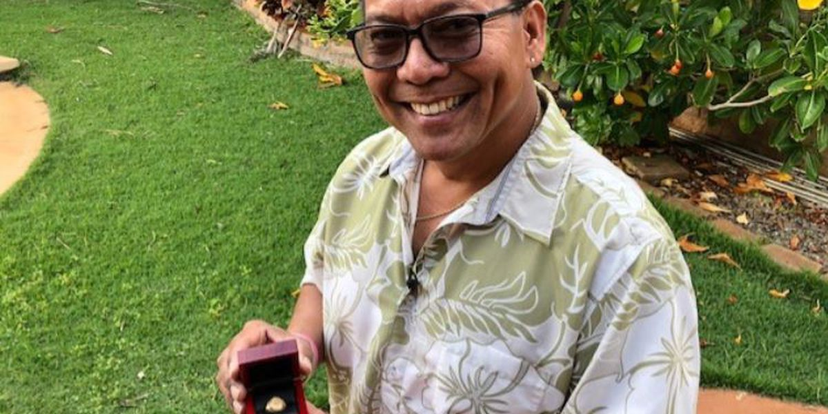 Diver wants to reunite class ring he found in the waters off Waikiki with its owner