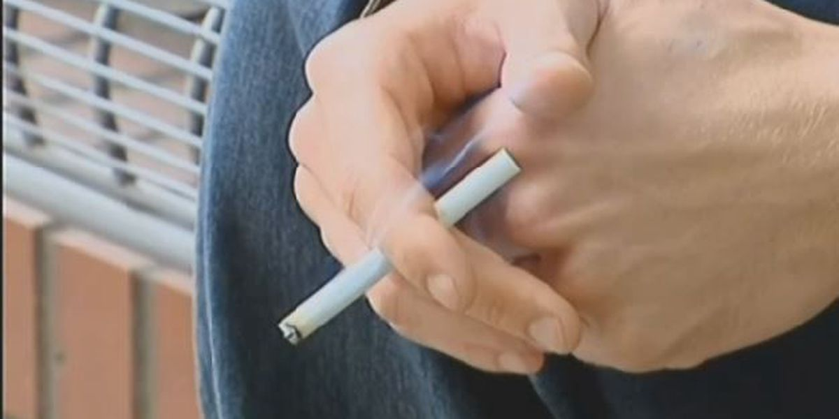 Hawaii raises smoking age to 21; military supports new law