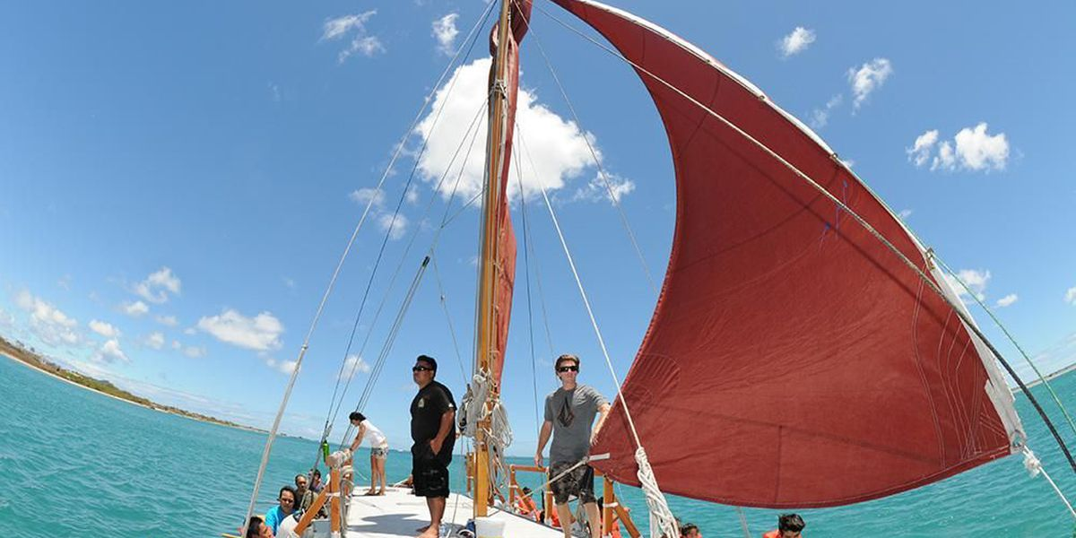 Learn how to crew a voyaging canoe in new HCC course