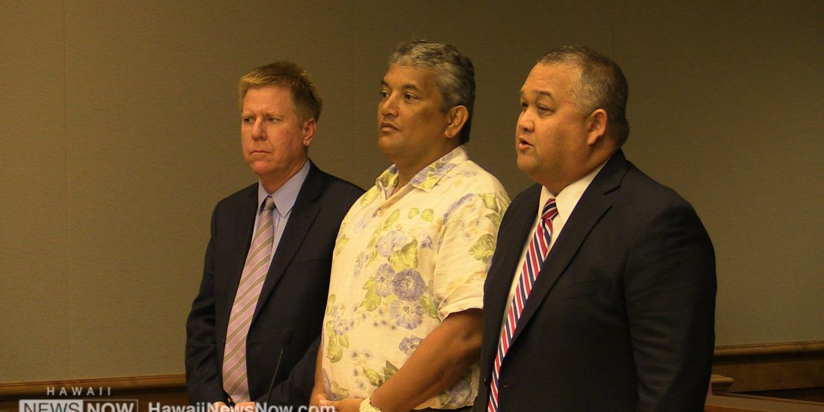 Hawaii County mayor seeks to have theft case dismissed