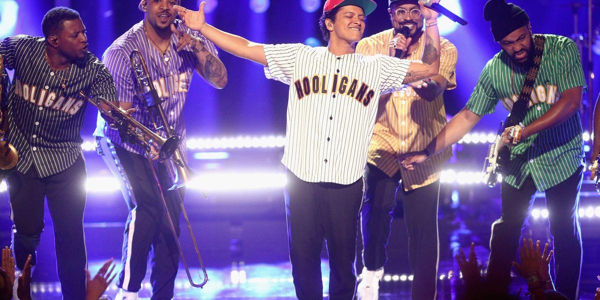 Schools near stadium adjust schedules to prepare for Bruno Mars concert gridlock
