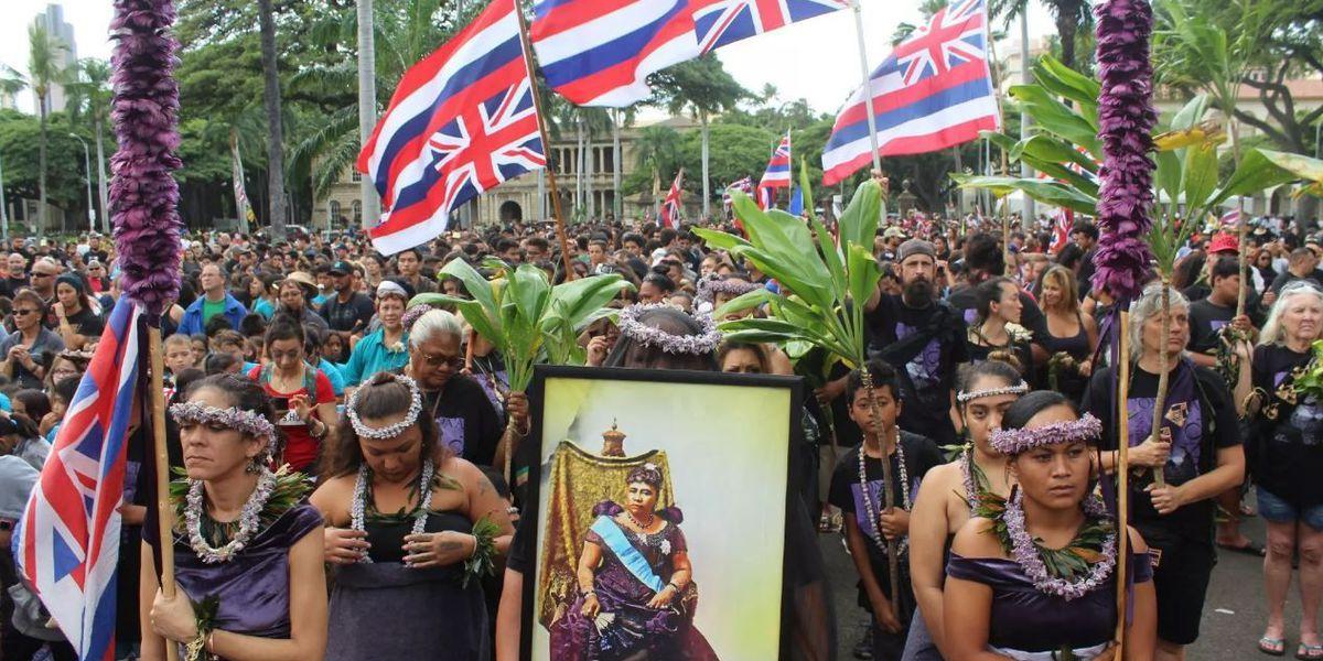 PHOTOS: Thousands mark 125 years since overthrow of Hawaiian Kingdom