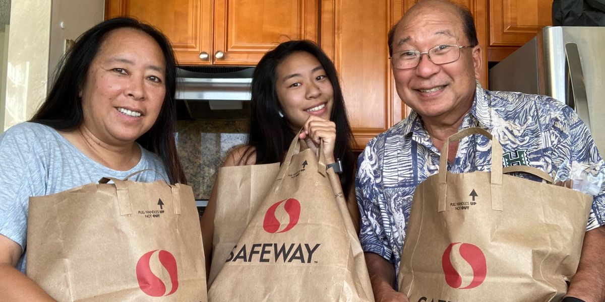 UH students launch free grocery delivery service to help their peers in quarantine