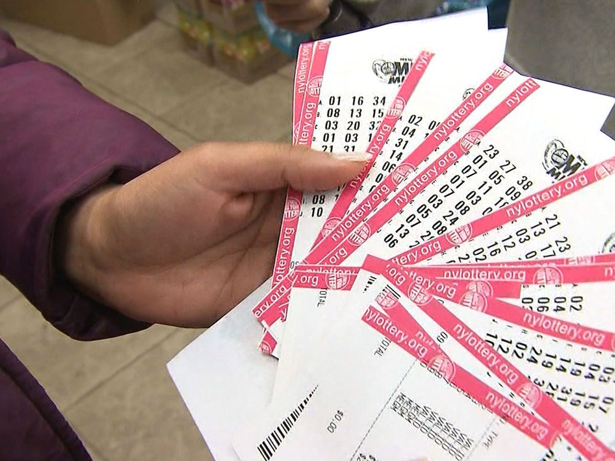 Lottery players have chance at 2 giant jackpots