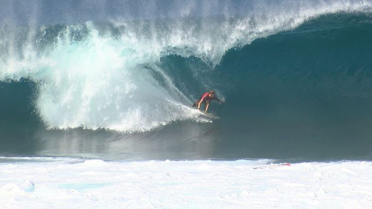 Florence eyes Olympic spot, as Pipe Masters heads into weekend