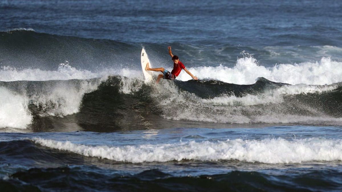 Craving to compete again, surfers question why competitions are still on hold