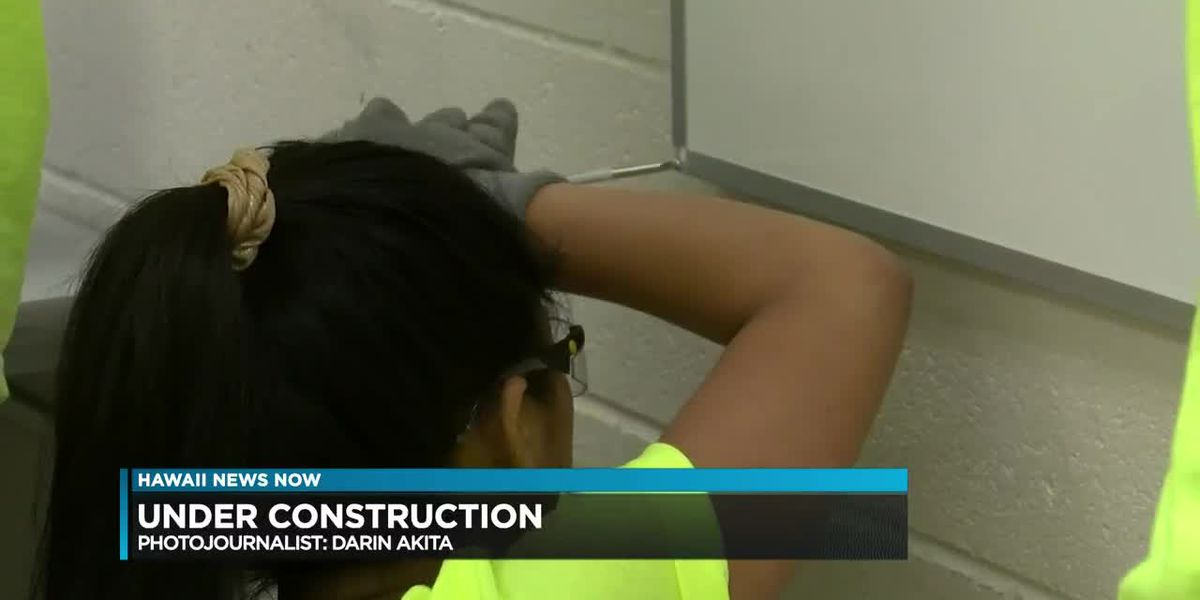 Forget the beach. High schoolers spend spring break learning construction