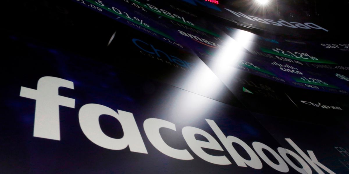 Bug may have exposed photos from 7M Facebook users