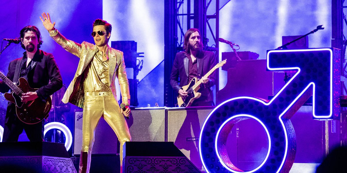 The Killers invite 17-year-old on stage to play drums; he rocks their world