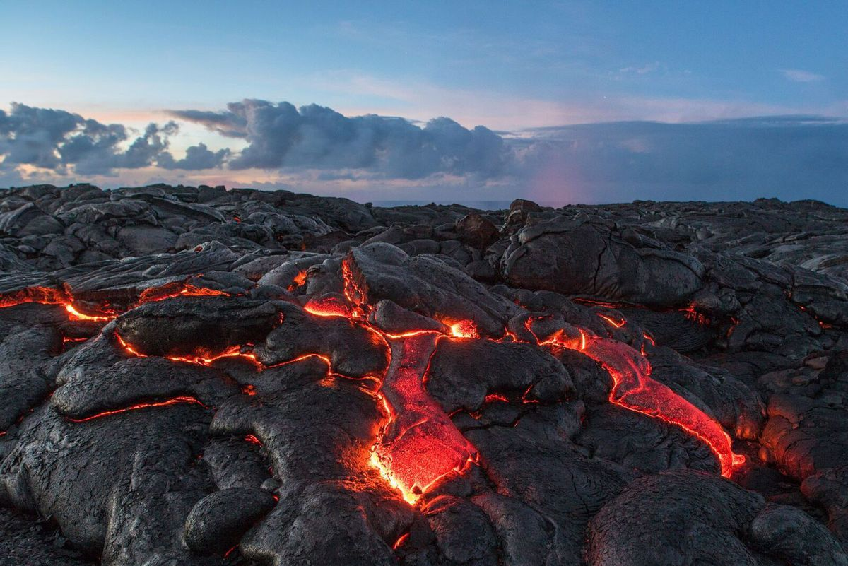 Filmmakers capture stunning 360-degree look at Big Island lava flow
