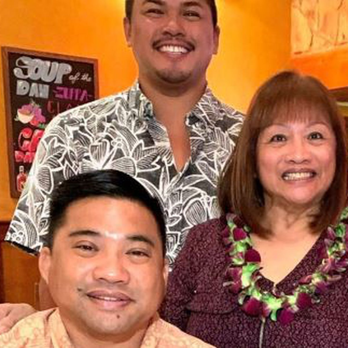 Mother of Ewa Beach man hospitalized with COVID-19 also tests positive