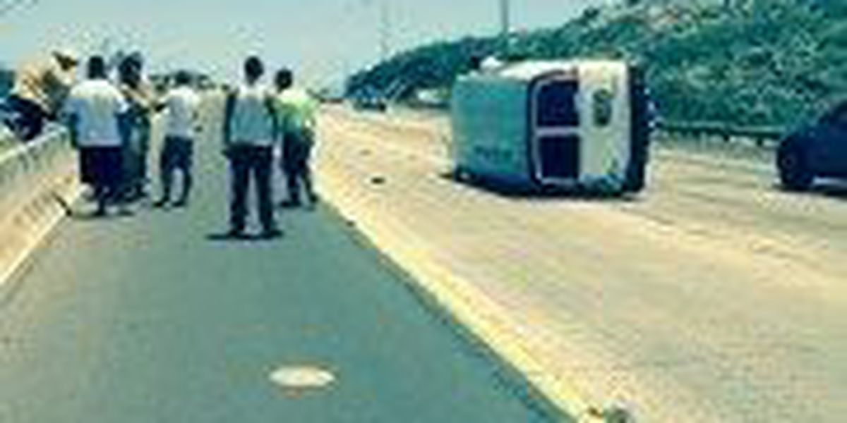 47-year-old man in serious condition after van overturns in Makakilo