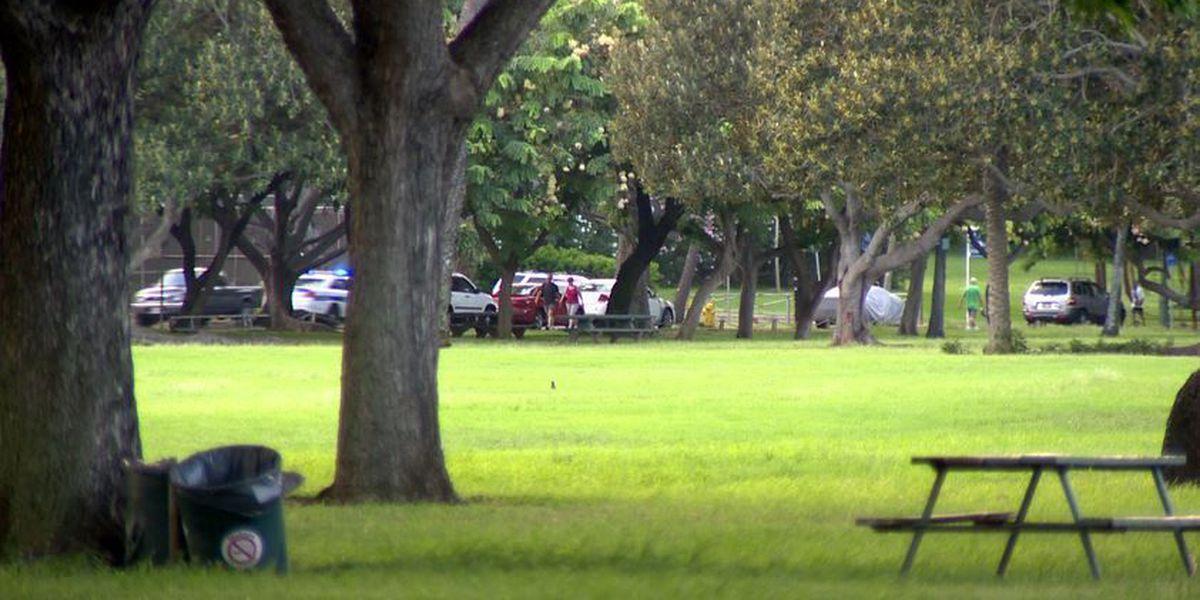 Woman robbed at gunpoint in Kapiolani Park, suspect still on loose