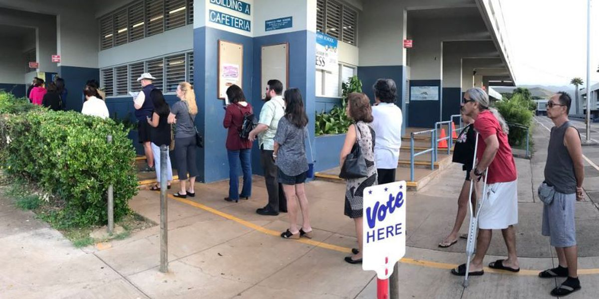 Voters encounter long lines, problems at Hawaii polling places