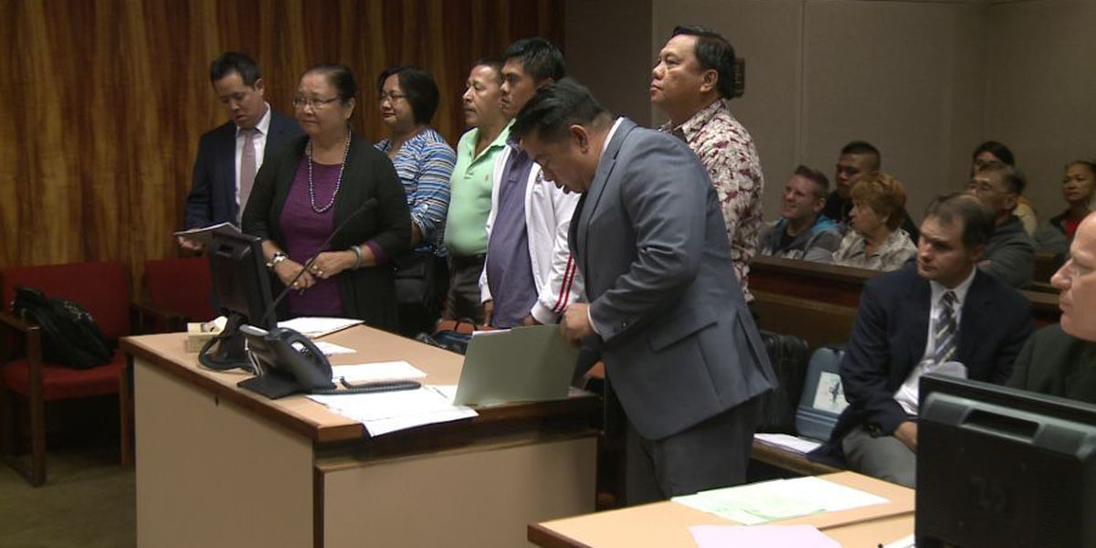 Airport security guards accused of bribery plead not guilty