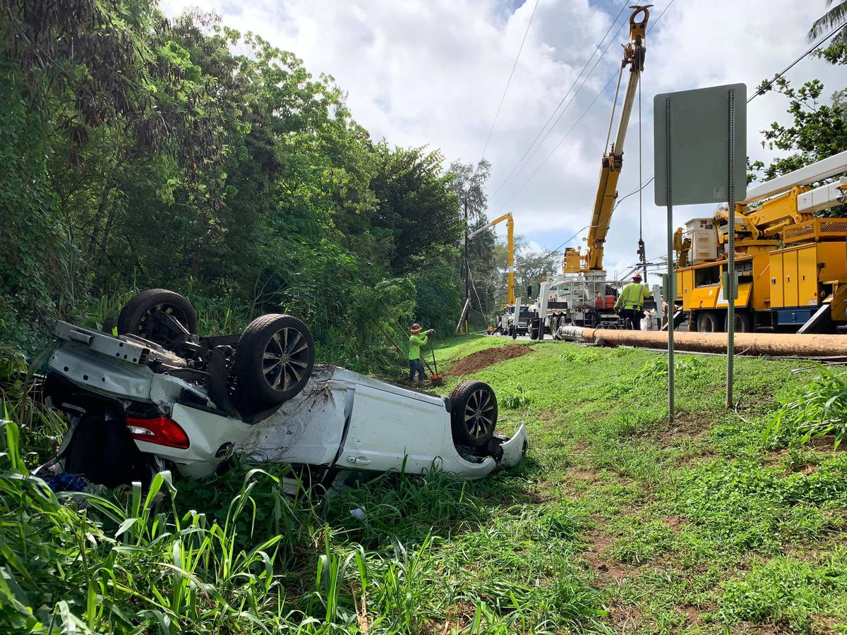Early morning crash results in downed lines, closure of Kamehameha Highway