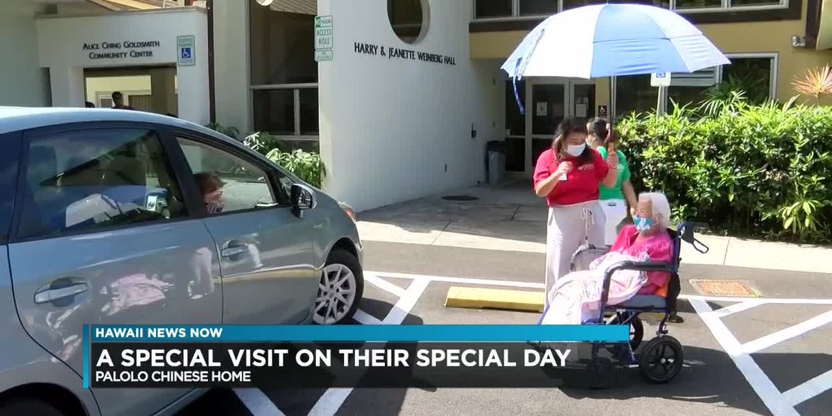 Oahu nursing home holds a drive-in celebration for their resident moms