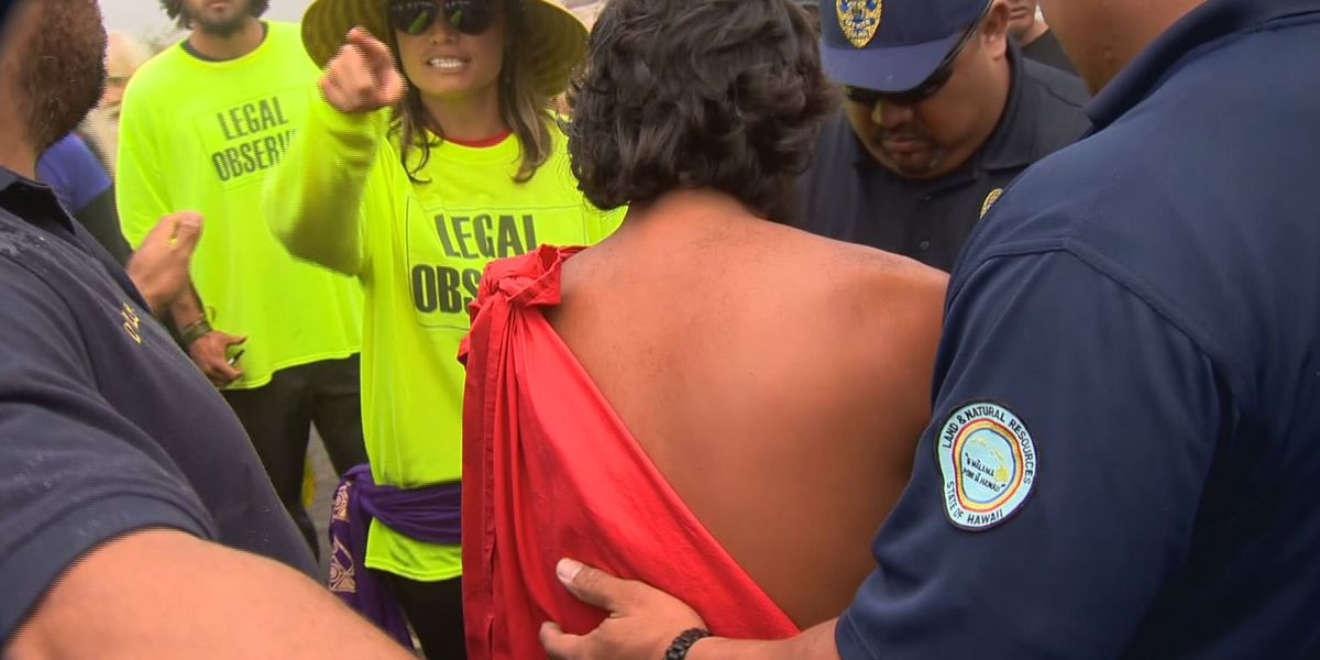 State says weapons won't be used against protesters on Mauna Kea, but agencies still preparing