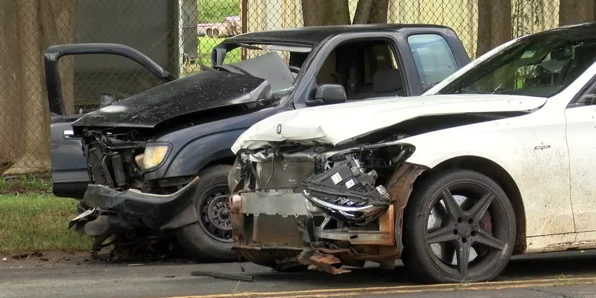 Police investigating critical head-on crash in Wahiawa as attempted murder