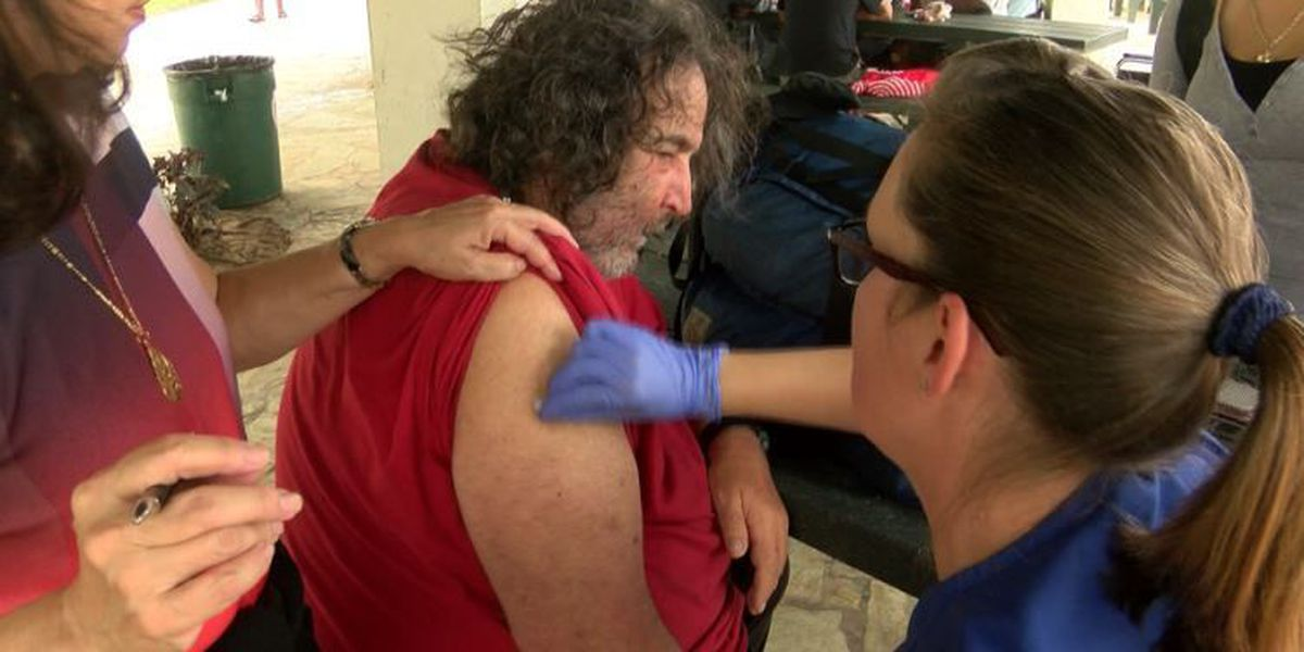 In attempt to cut down on ER visits, nurses hit the streets to vaccinate homeless