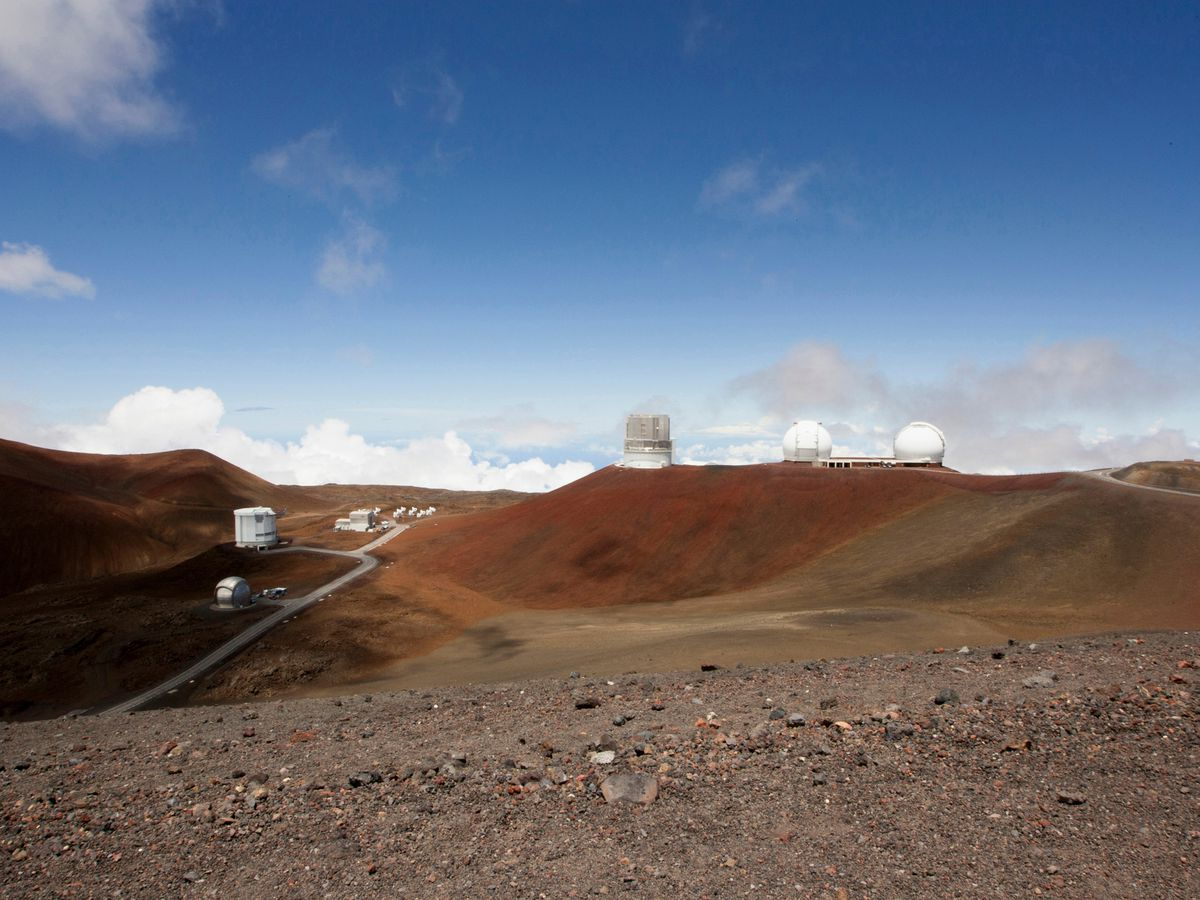 Hawaii resolution explores new management for Mauna Kea