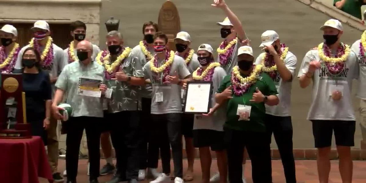 From Honolulu to Washington D.C., 'Bows volleyball honored for National Championship