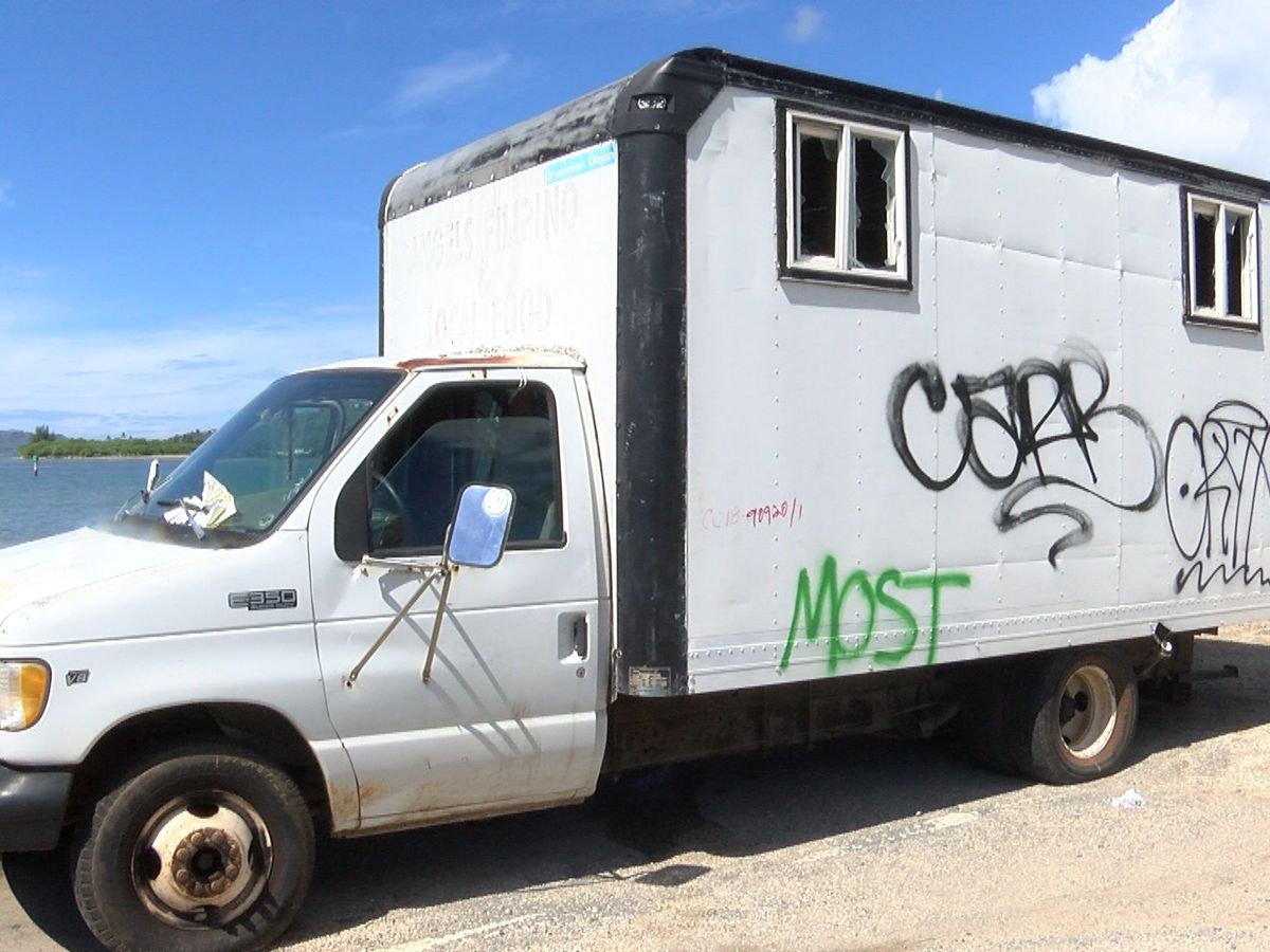 What's inside an abandoned truck in Hawaii Kai triggers environmental concerns