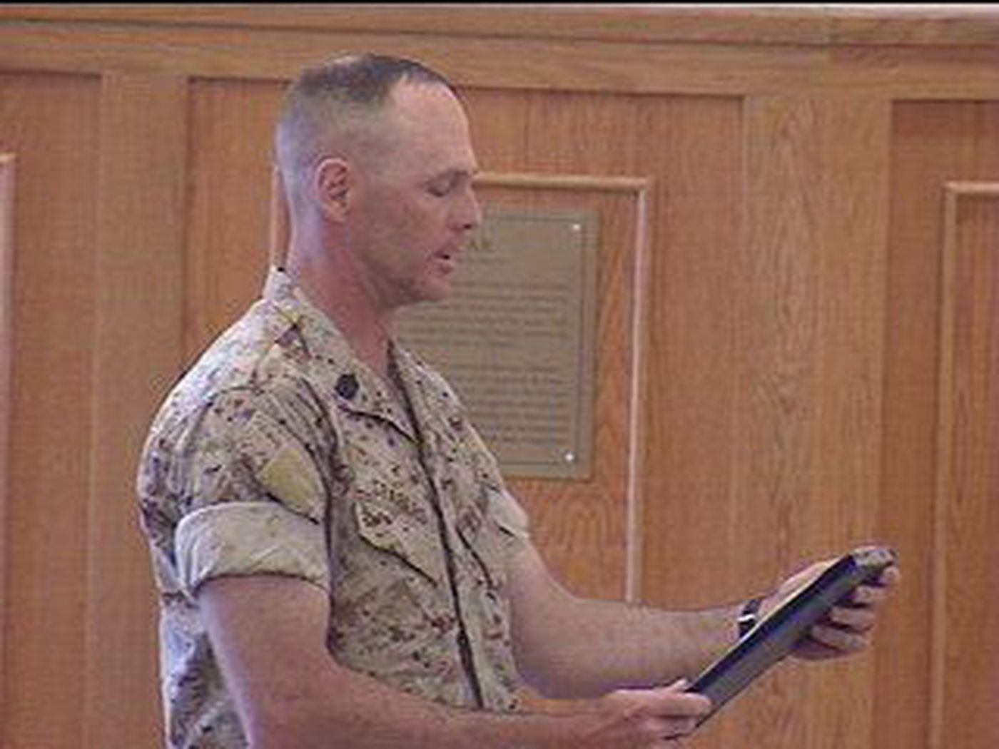 Hawaii Based Marines Mourn 11 Soldiers Killed In Iraq