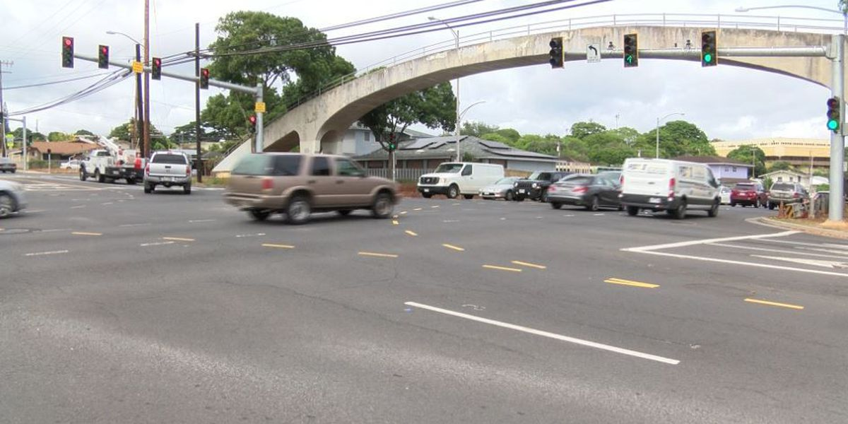 Narrowing lanes? One traffic expert suggests it will make Oahu's roads safer