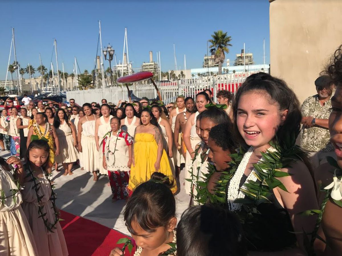 Redondo Beach welcomes Hikianalia and her crew