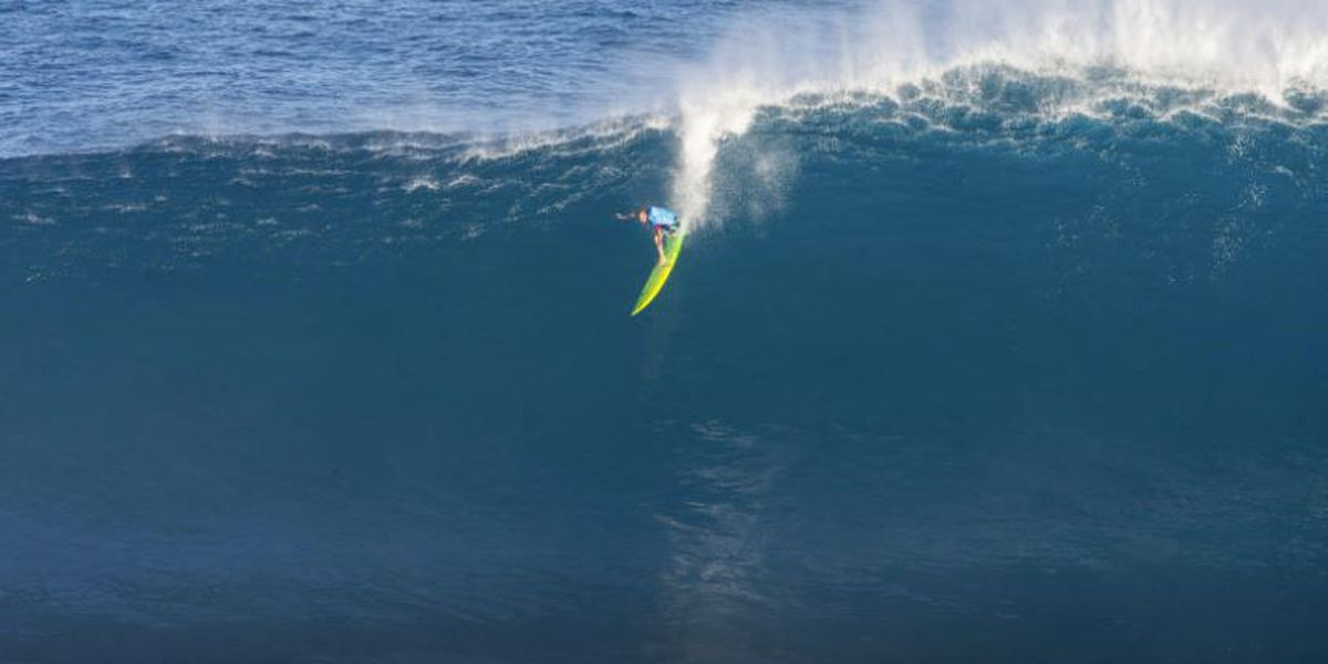 With rising swell expected, Peahi Challenge gets the green light